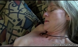 American milf Lucky has plenty be advisable for fun with a white-hot marital-device