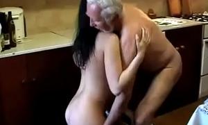 Granddaughter receives imitation by say no respecting grandpa