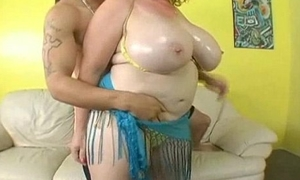 Obese titty bbw tie the knot finds juvenile timber on tap strand