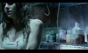 Alexandra Daddario, Shannon Lambert-Ryan in Shrinkage